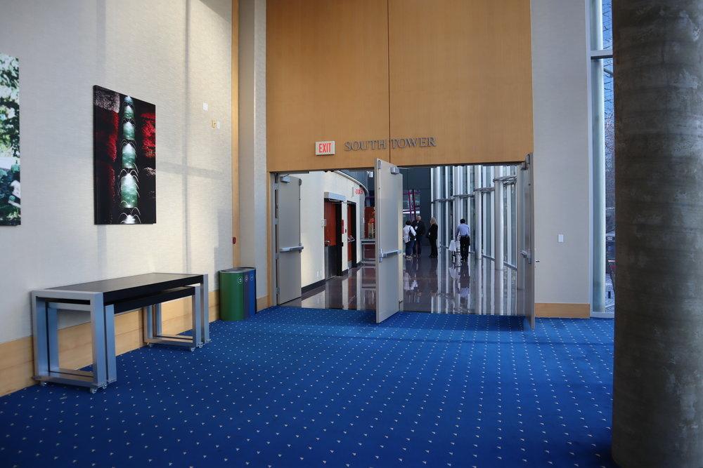 Sheraton Vancouver Wall Centre – Walkway
