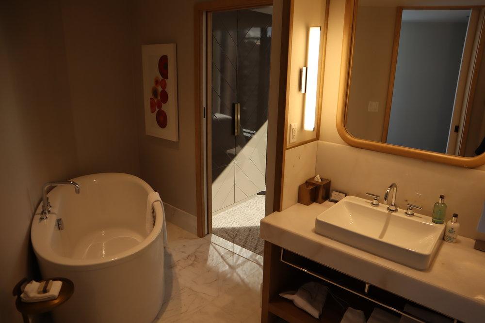 JW Marriott Parq Vancouver – One-bedroom suite bathroom