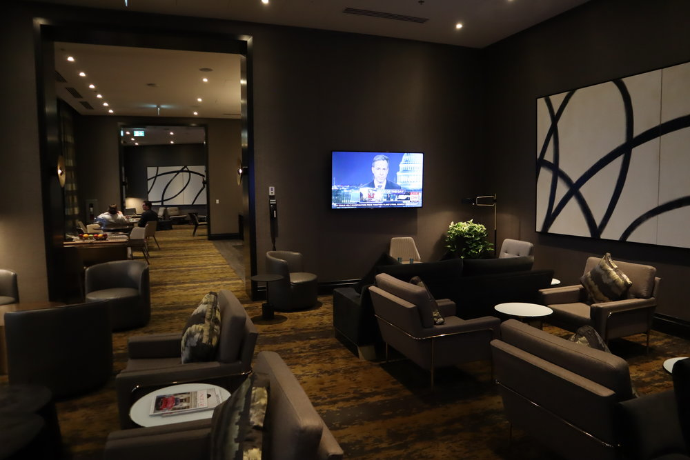 JW Marriott Parq Vancouver – Executive Lounge seating area