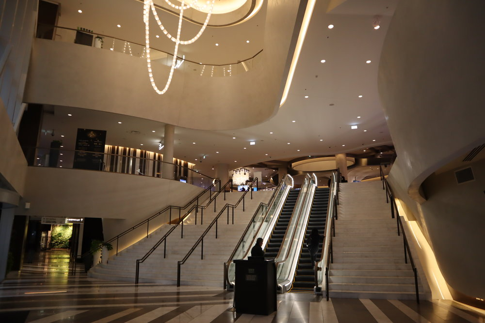 JW Marriott Parq Vancouver – Escalator to Parq Vancouver casino