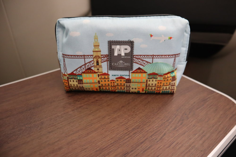 TAP Air Portugal business class – Amenity kit