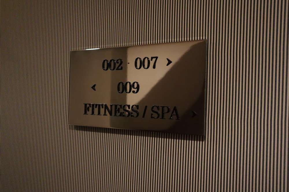 Hôtel de Berri Paris – Suite 009 sign