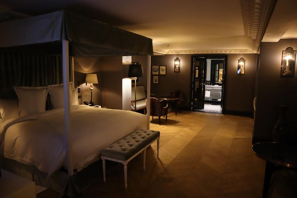 Hôtel de Berri Paris – Berri Suite bedroom