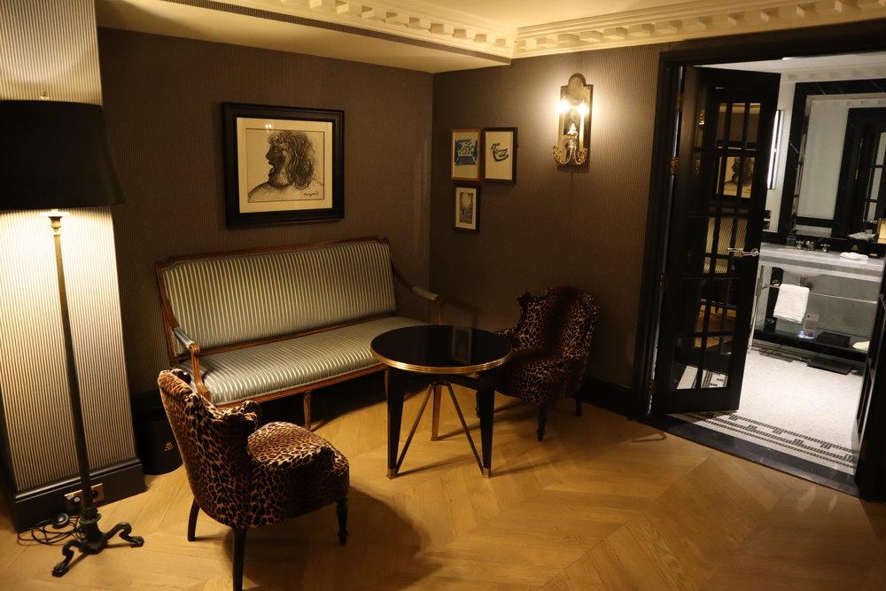 Hôtel de Berri Paris – Berri Suite sitting area