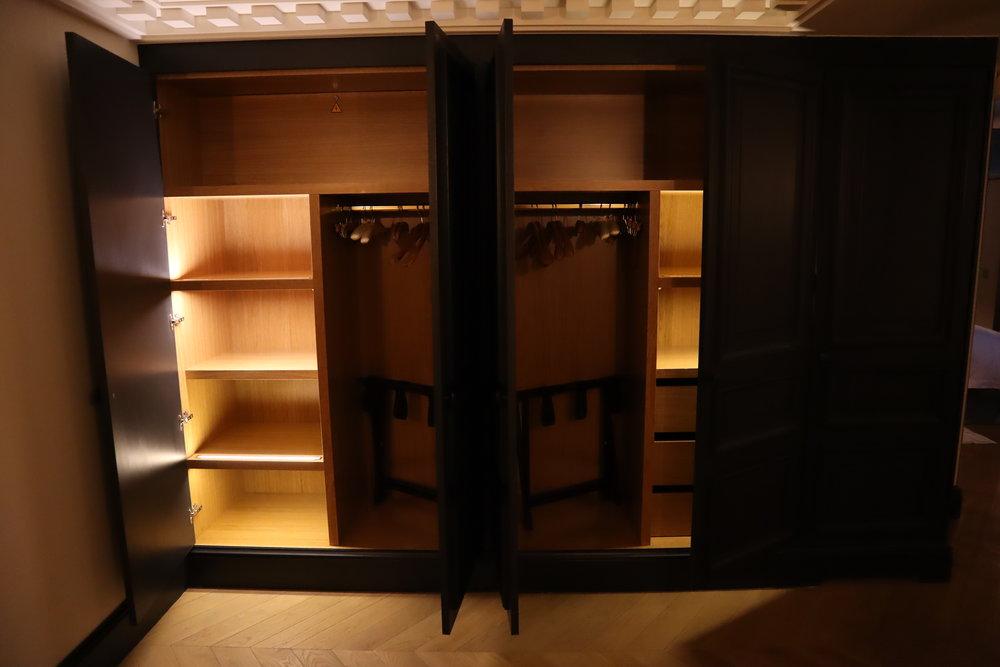 Hôtel de Berri Paris – Berri Suite cabinets