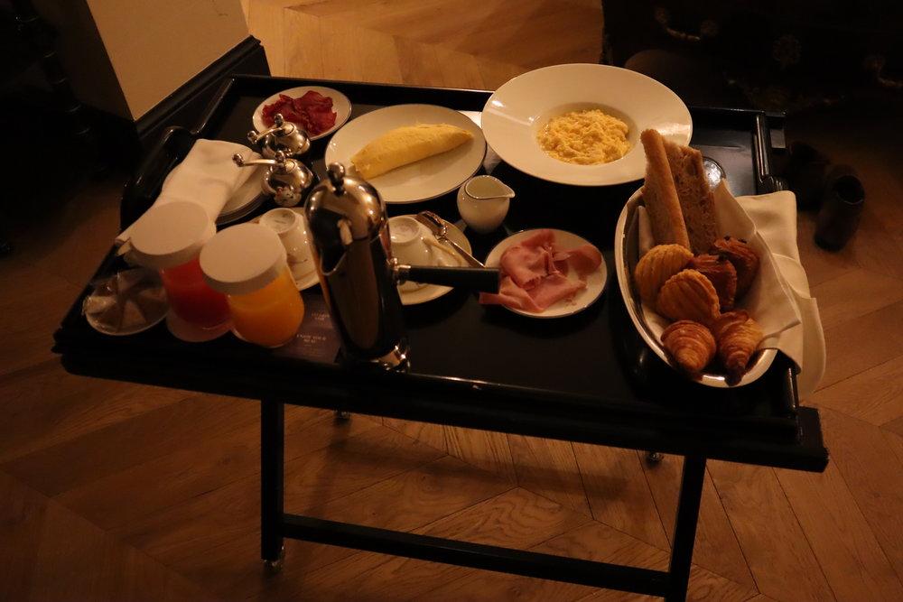 Hôtel de Berri Paris – American Breakfast