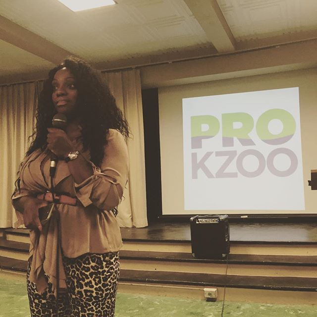 We had a packed house last night for the School to Prison Pipeline Meeting. Thank you to Elisheva Thompson pictured here for her leadership and for sharing her knowledge with the group last night. #collaborate #seechange #michiganunited #prokzoo #intersectionalactivism