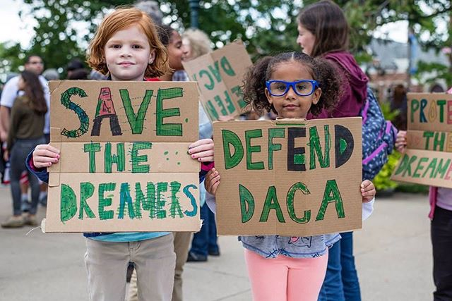 Powerful picture. 📷 @aaronvanheest #nofilter #defenddaca #heretostay #movimientocosechakzoo #michuganunited