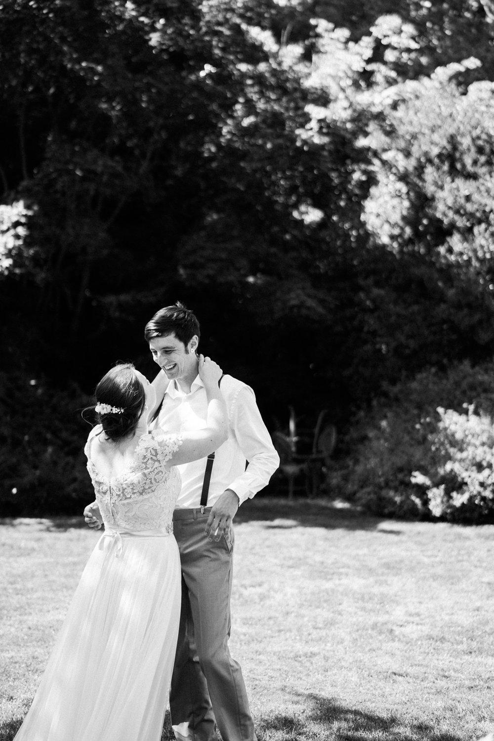 April Yentas Photography - Hannah & Ian-14.jpg