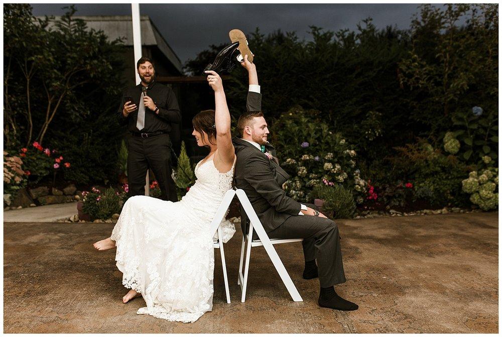 Rustic Chic Wedding | wedding day reception events | PNW wedding photographer