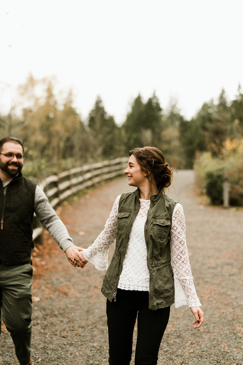 A Picturesque PNW Engagement Session | Snoqualmie Falls | Seattle Wedding photographer-3.jpg