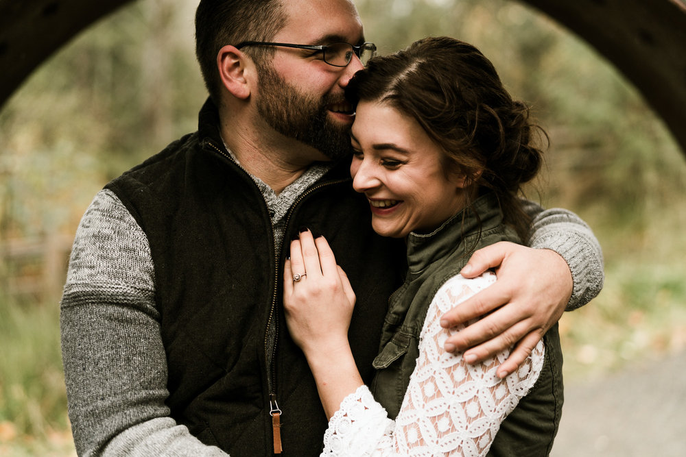 A Picturesque PNW Engagement Session | Snoqualmie Falls | Seattle Wedding photographer-4.jpg