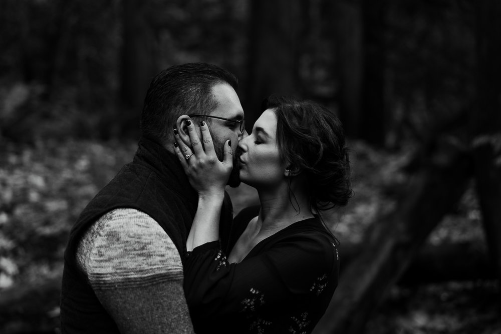 A Picturesque PNW Engagement Session | Snoqualmie Falls | Seattle Wedding photographer-17.jpg