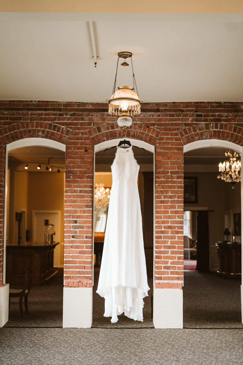 Intimate Winter Wedding | Wedding dress photo | Seattle wedding photographer