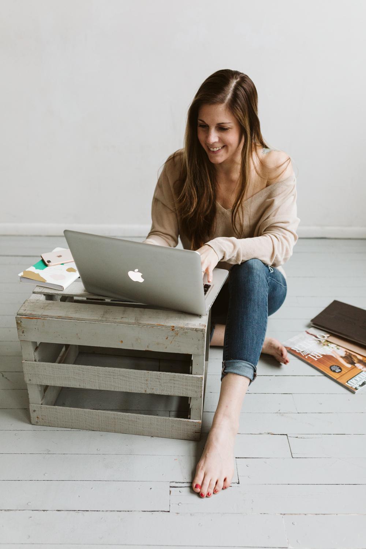 website designer   branding photo shoot   inspiration for branding   business photoshoot   april yentas