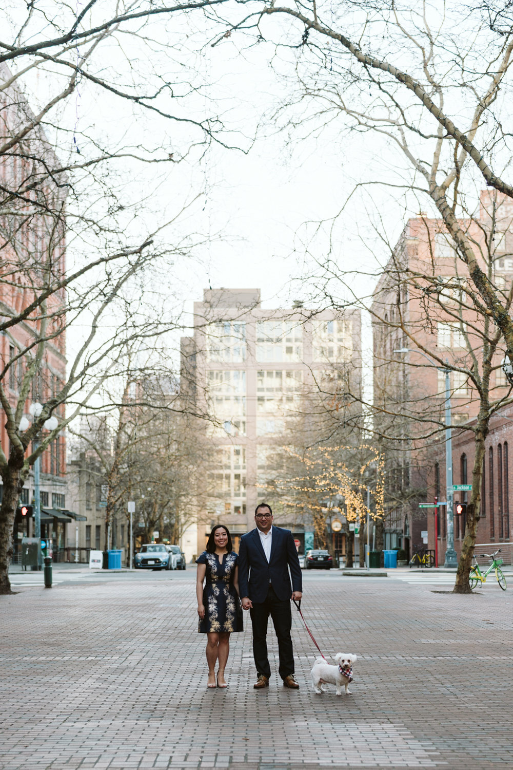 Classy metropolitan engagement session - Seattle pioneer square - Wedding Photography-9.jpg