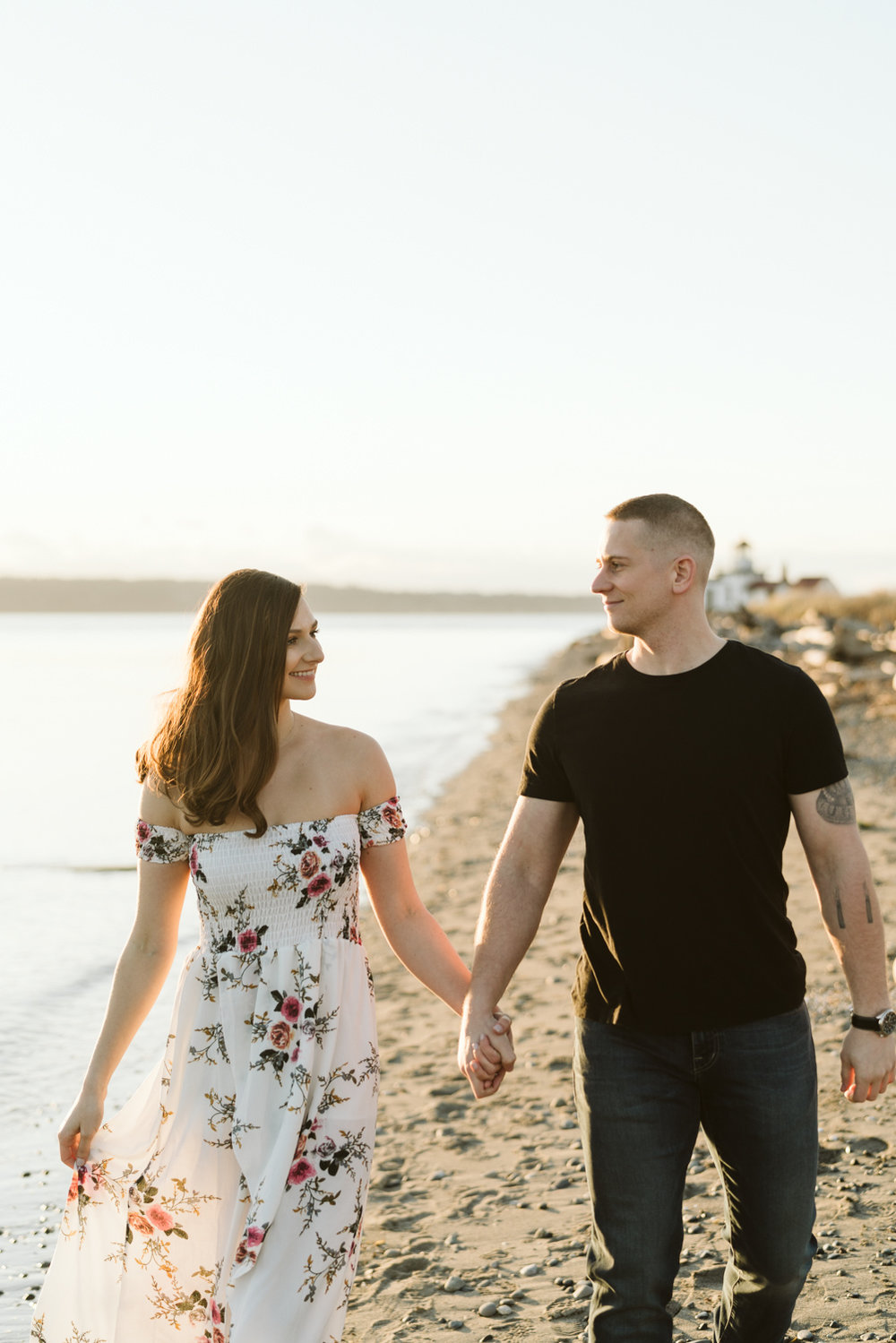 April Yentas Photography - Bonzai & Alex - Engagement Session-72.jpg