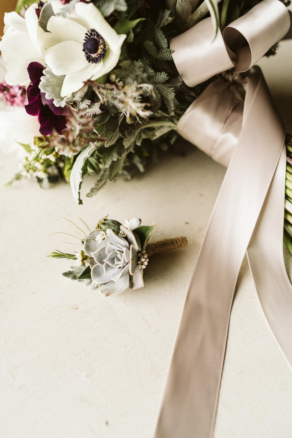 April Yentas Photography - jen and anthony wedding-6.jpg