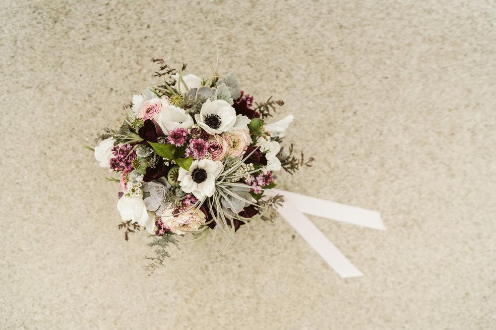 April Yentas Photography - jen and anthony wedding-17.jpg