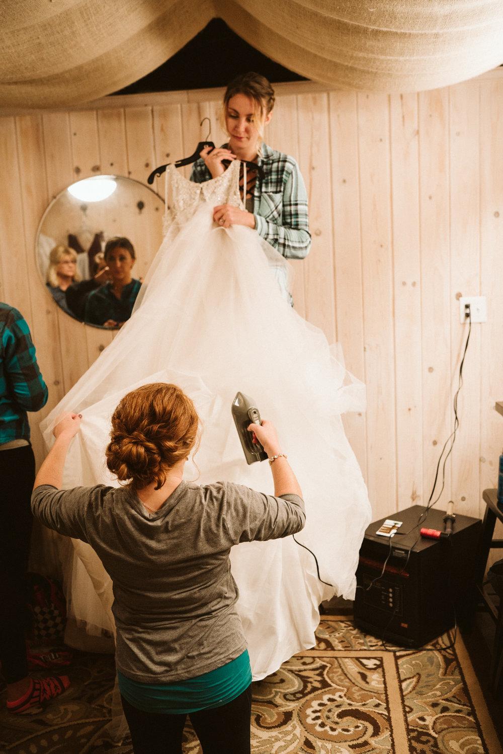 April Yentas Photography - jen and anthony wedding-19.jpg