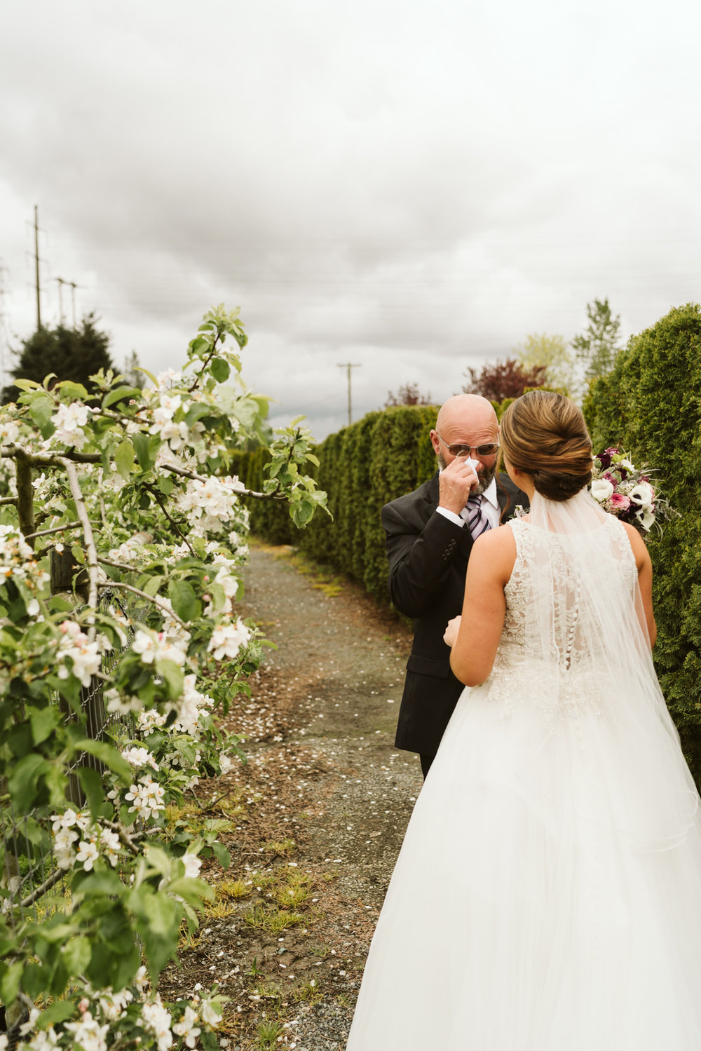 April Yentas Photography - jen and anthony wedding-25.jpg