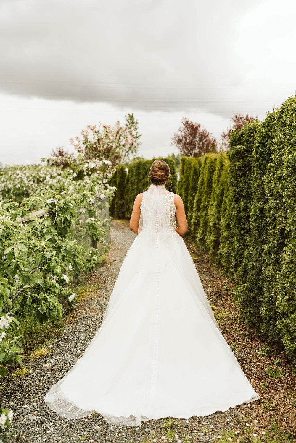 April Yentas Photography - jen and anthony wedding-32.jpg