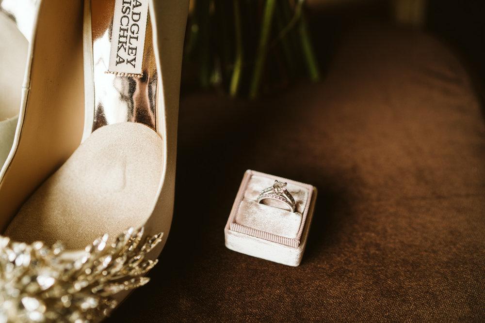 April Yentas Photography - Kristen & Jeff Wedding-3.jpg
