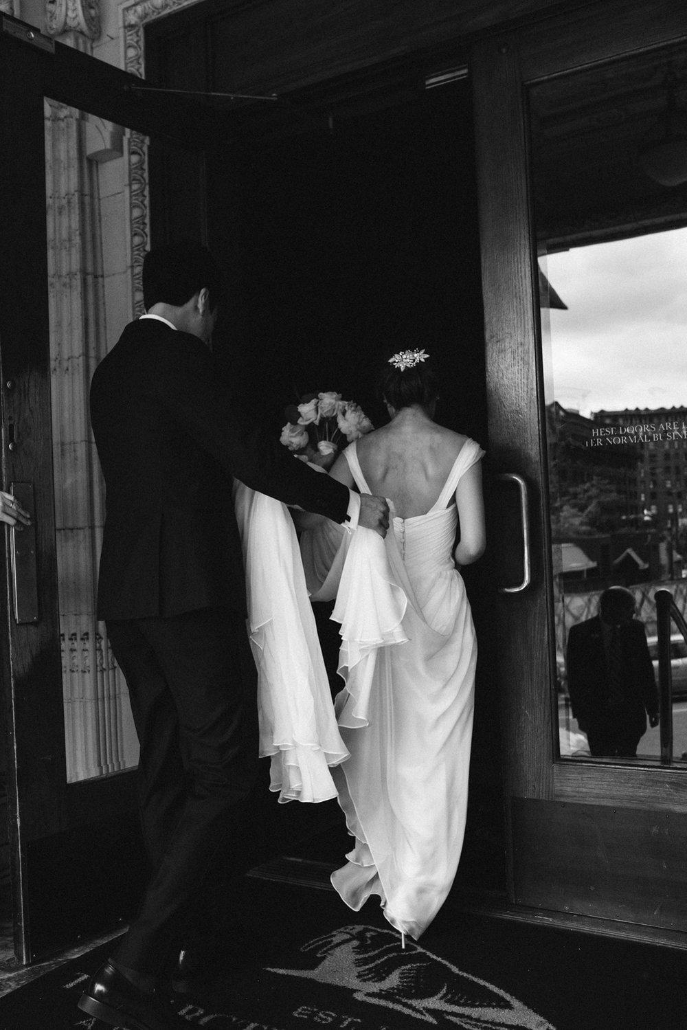 April Yentas Photography - Kristen & Jeff Wedding-28.jpg