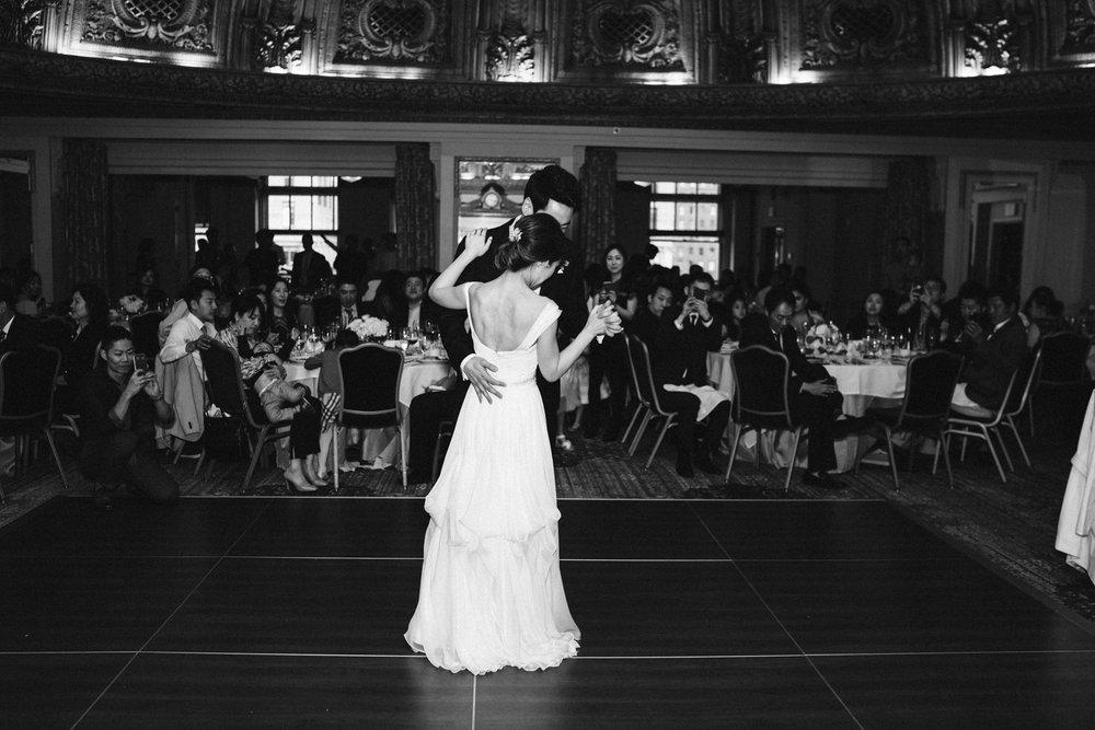April Yentas Photography - Kristen & Jeff Wedding-37.jpg
