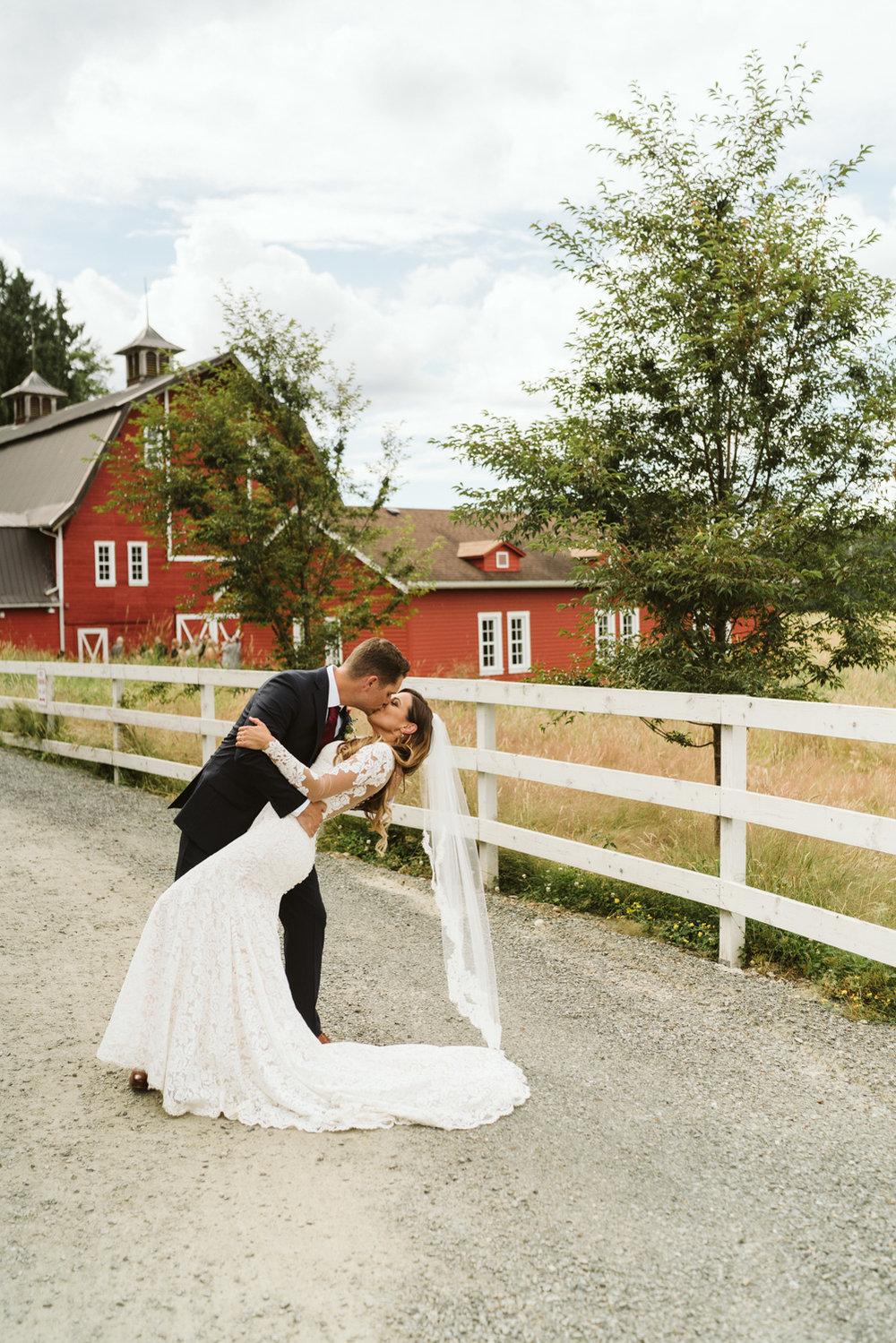 April Yentas Photography - Megan & Tracy websize-47.jpg