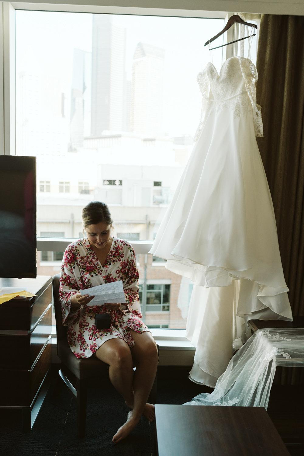 April Yentas Photography - Melissa & Spencer - slideshow-16.jpg