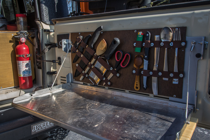 tailgate-table-organizer-mounted-720x480.jpg