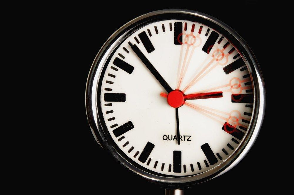 clock-611619_1280.jpg