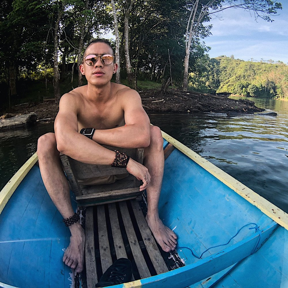 We wanted to go stay a couple days with the 'Iban', an ancient Sarawakian tribe, and so we journeyed six hours by car and wooden canoe through the winding channels of the Batang Ai waterways to their remote village.