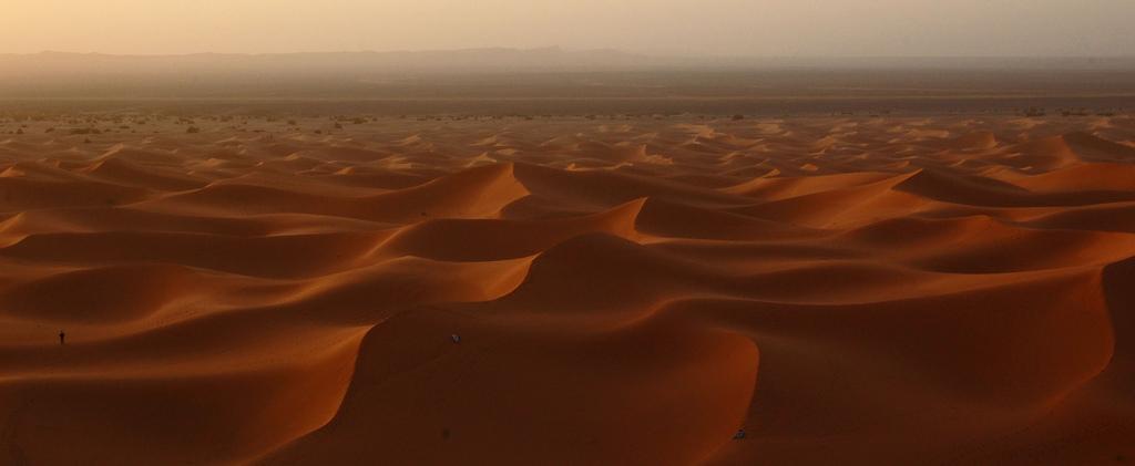 free-wallpaper-desktop-wallpaper-Africa-Morocco-desert-scenery-sahara-bachmont