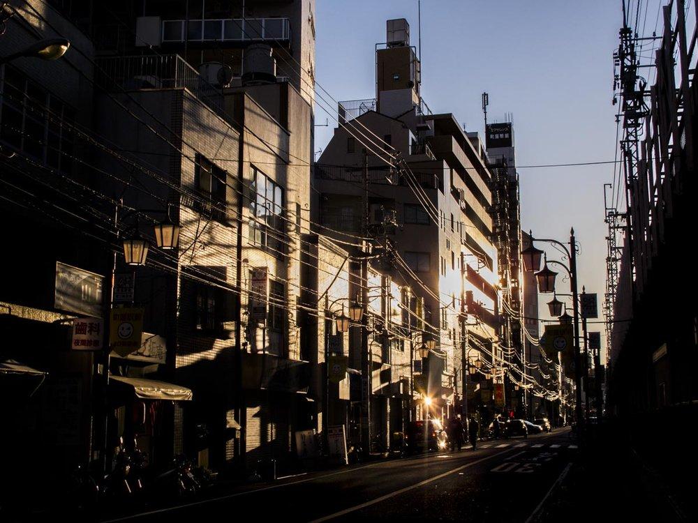 Walking to Nishi-nippori station, 2016