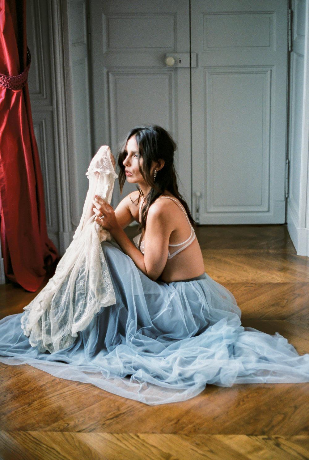 JacquelineAnnePhotography-IndoorParisShoot2.jpg