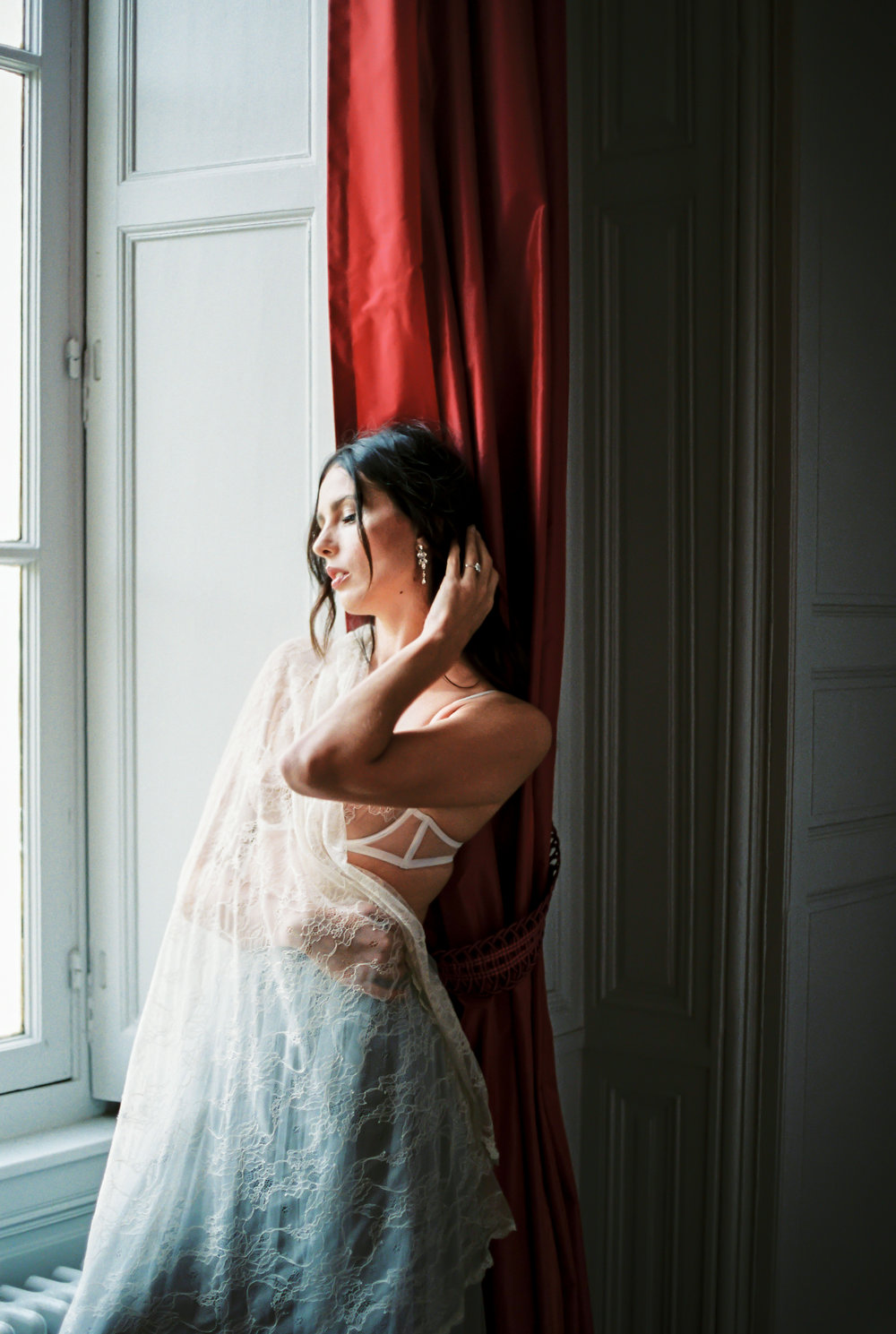 JacquelineAnnePhotography-IndoorParisShoot5.jpg