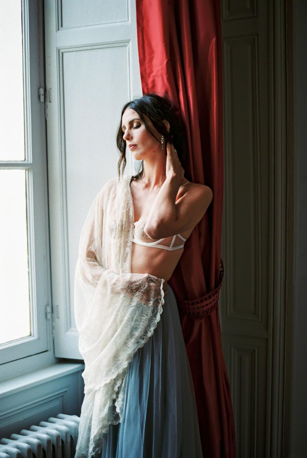 JacquelineAnnePhotography-IndoorParisShoot7.jpg