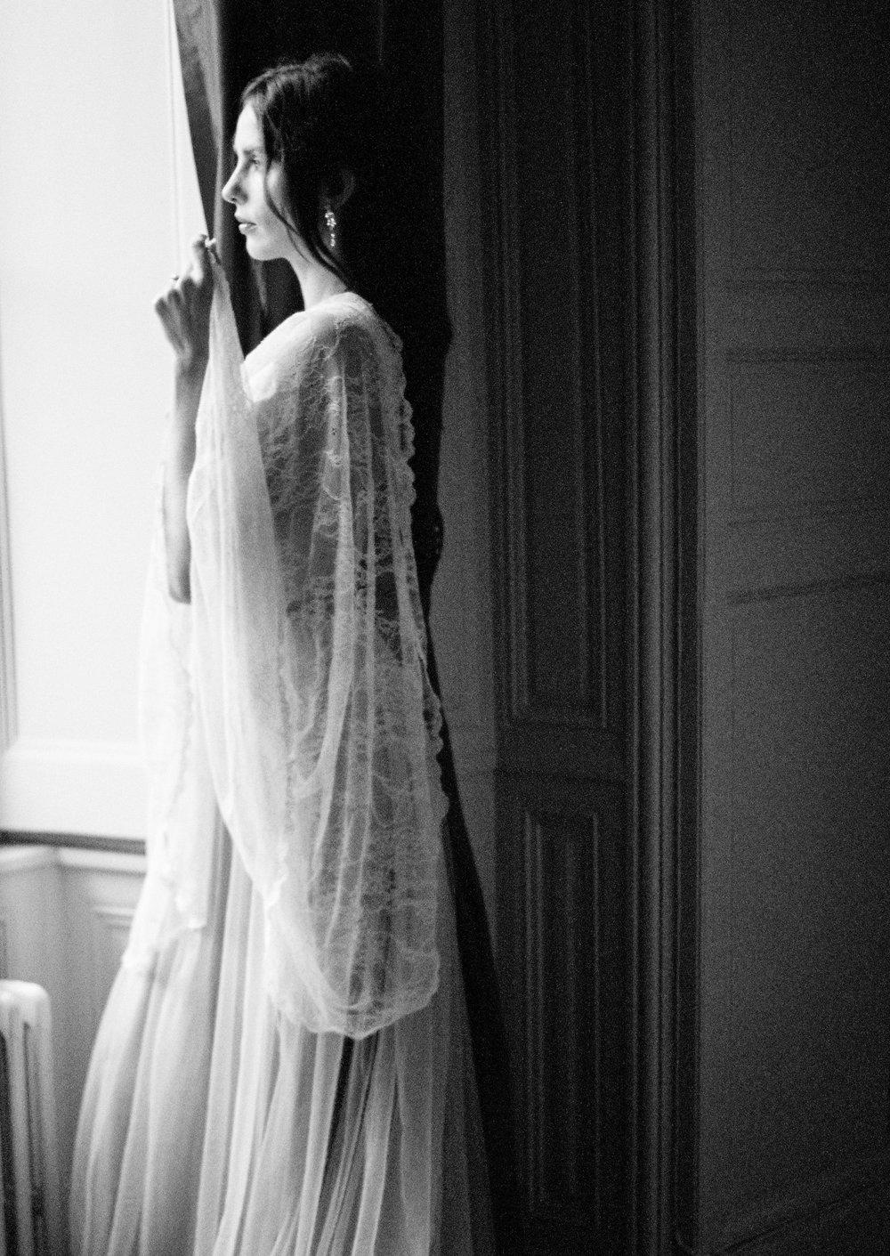 JacquelineAnnePhotography-IndoorParisShoot9.jpg