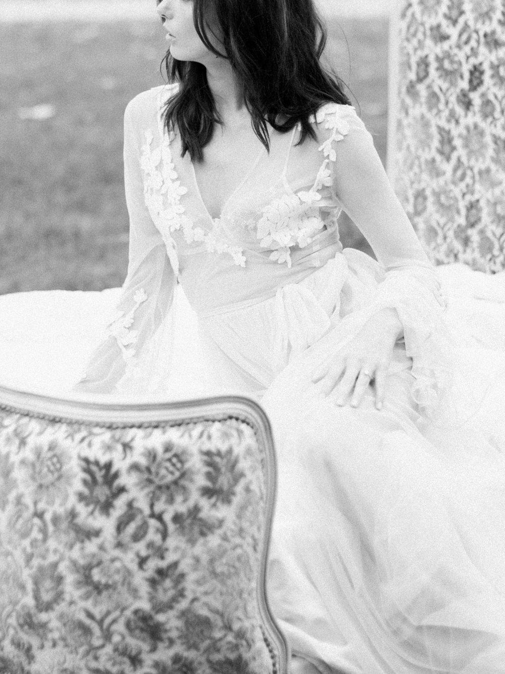 JacquelineAnnePhotography-Boudoir-Outdoors-1-3.jpg