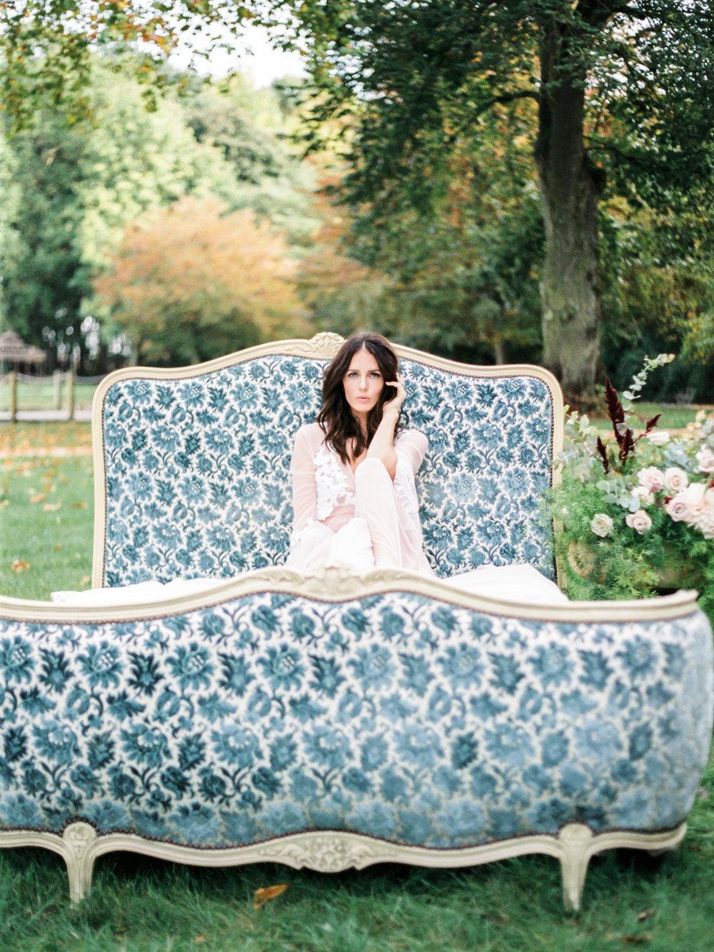 JacquelineAnnePhotography-Boudoir-Outdoors-5-2.jpg
