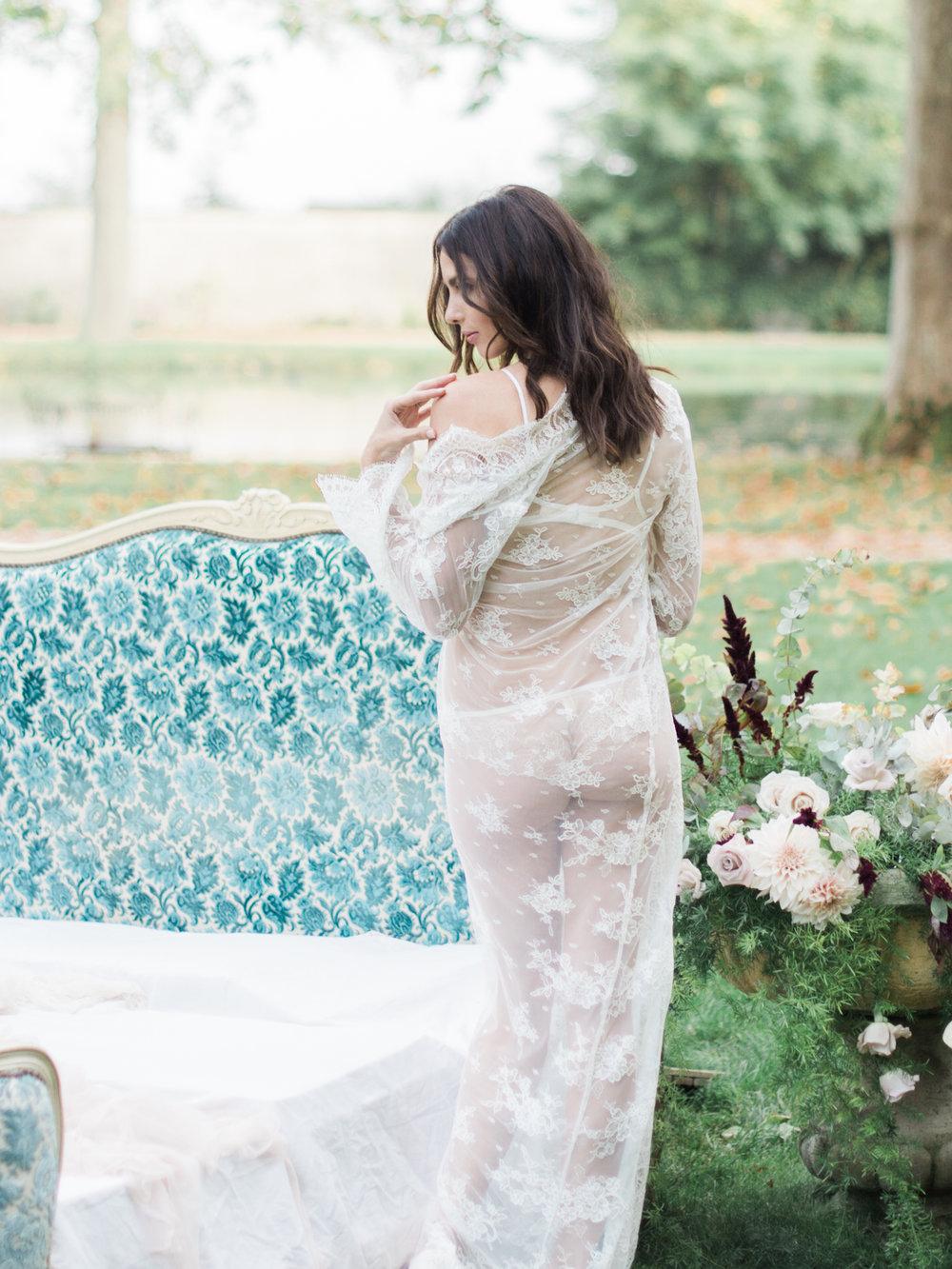 JacquelineAnnePhotography-Boudoir-Outdoors-16.jpg