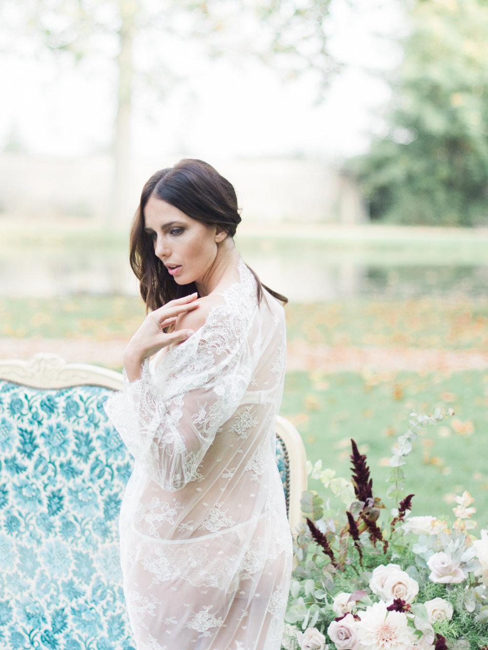 JacquelineAnnePhotography-Boudoir-Outdoors-17.jpg