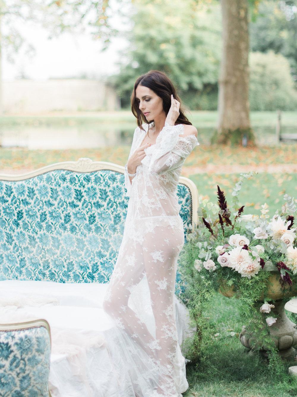 JacquelineAnnePhotography-Boudoir-Outdoors-15.jpg