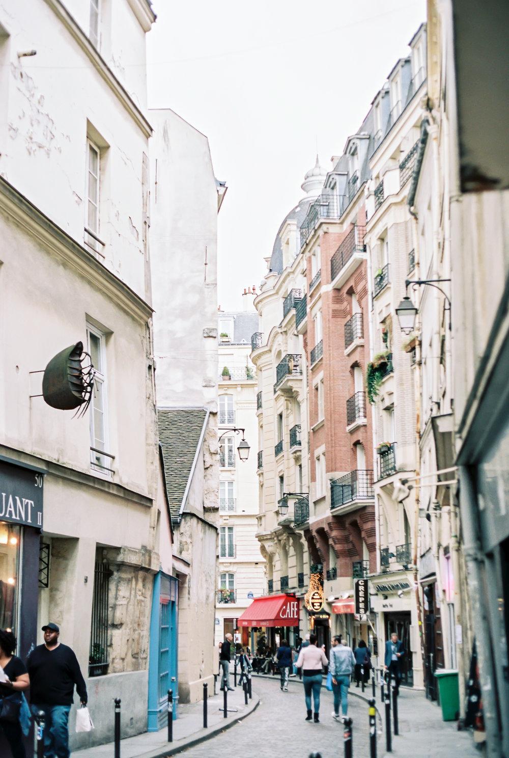 JacquelineAnnePhotography-ParisSessions-1-9.jpg