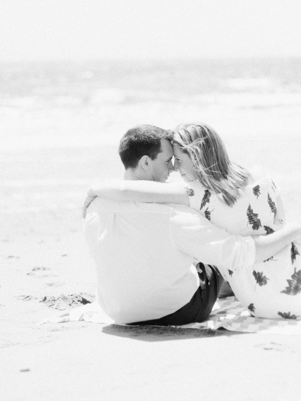 Jacqueline Anne Photography-Melissa and Daniel - Contax 645 - Beach Full Sun-24-20.jpg