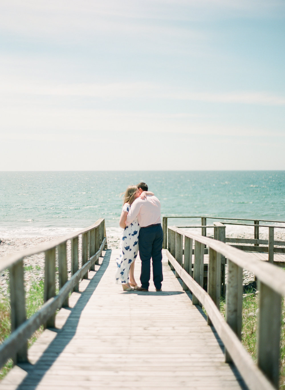 Jacqueline Anne Photography-Melissa and Daniel - Contax 645 - Beach Full Sun-24-16.jpg