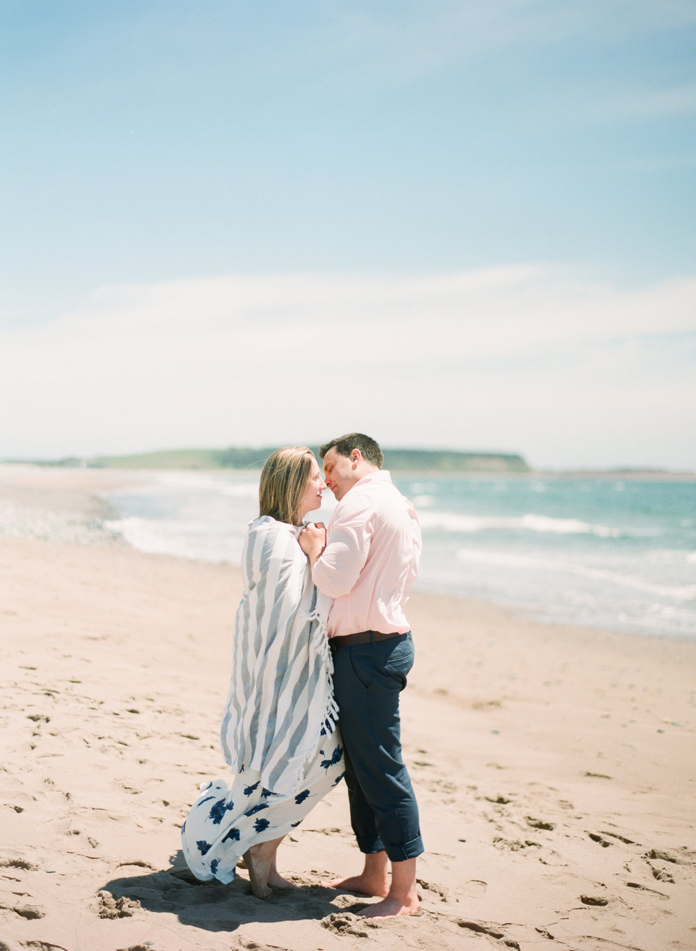 Jacqueline Anne Photography-Melissa and Daniel - Contax 645 - Beach Full Sun-12.jpg