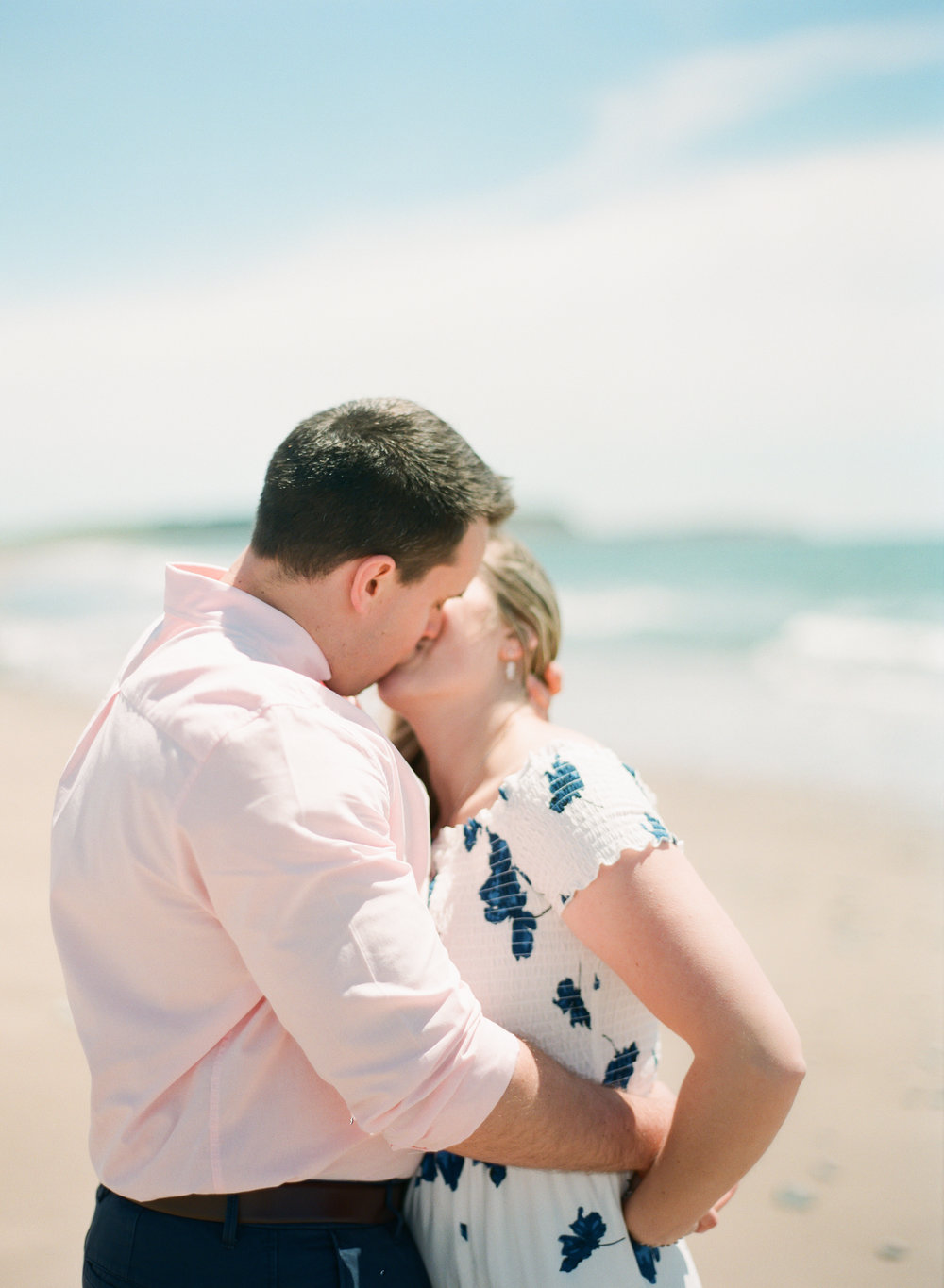 Jacqueline Anne Photography-Melissa and Daniel - Contax 645 - Beach Full Sun-26.jpg